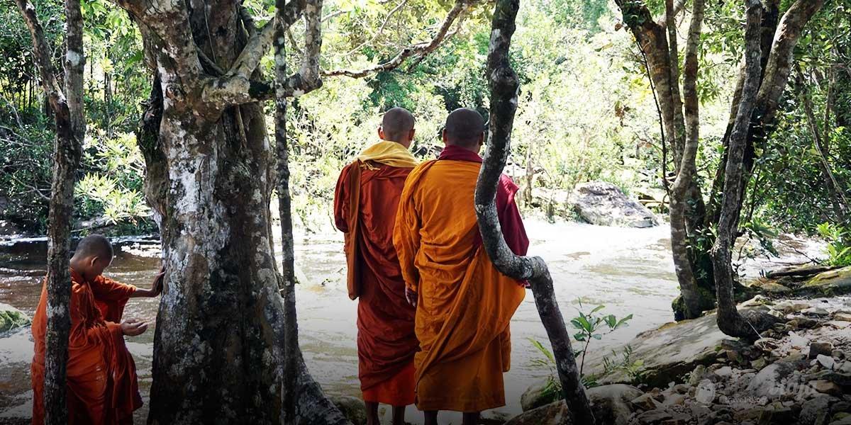 Bokor nationalpark kambodscha vickiviaja