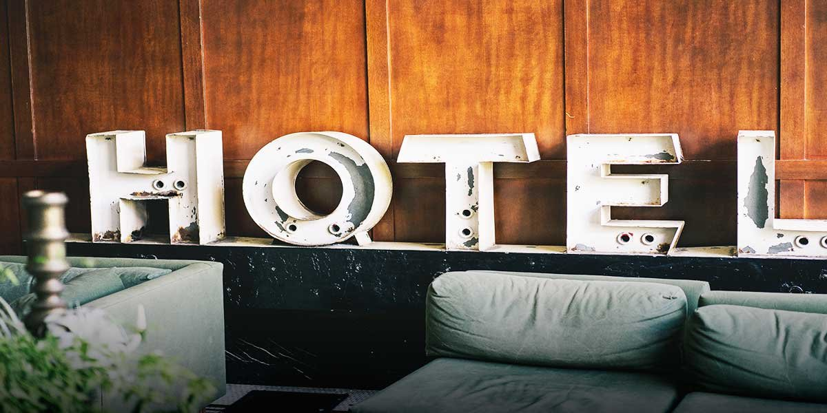 Best accommodation in Thailand I From Budget to Luxury I From dorm to priivate room I vickiviaja