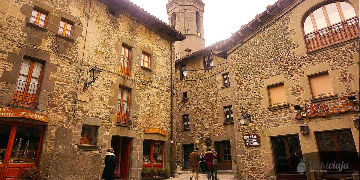 Rupit, Catalonia I Medievial Village I Stone houses I bridge I River I Spain