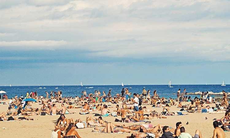 Barceloneta Beach, Barcelona, Strand, überfüllt