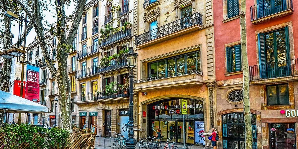 Sicherheit in Barcelona, Touristenfallen, Straße