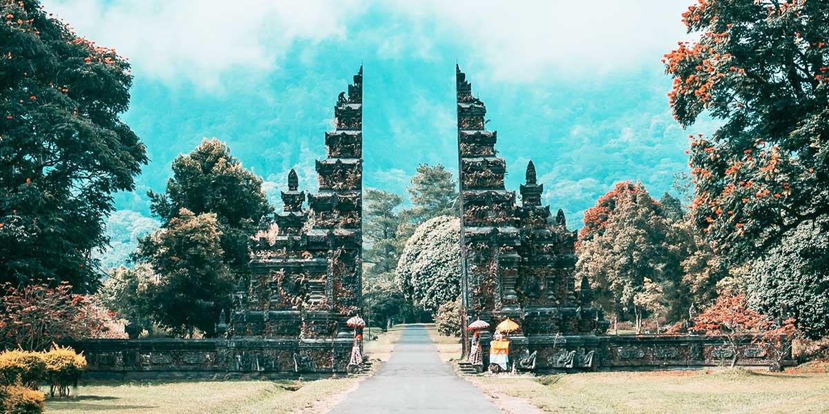 Ist ein Bali Urlaub gefährlich? Bali Tor
