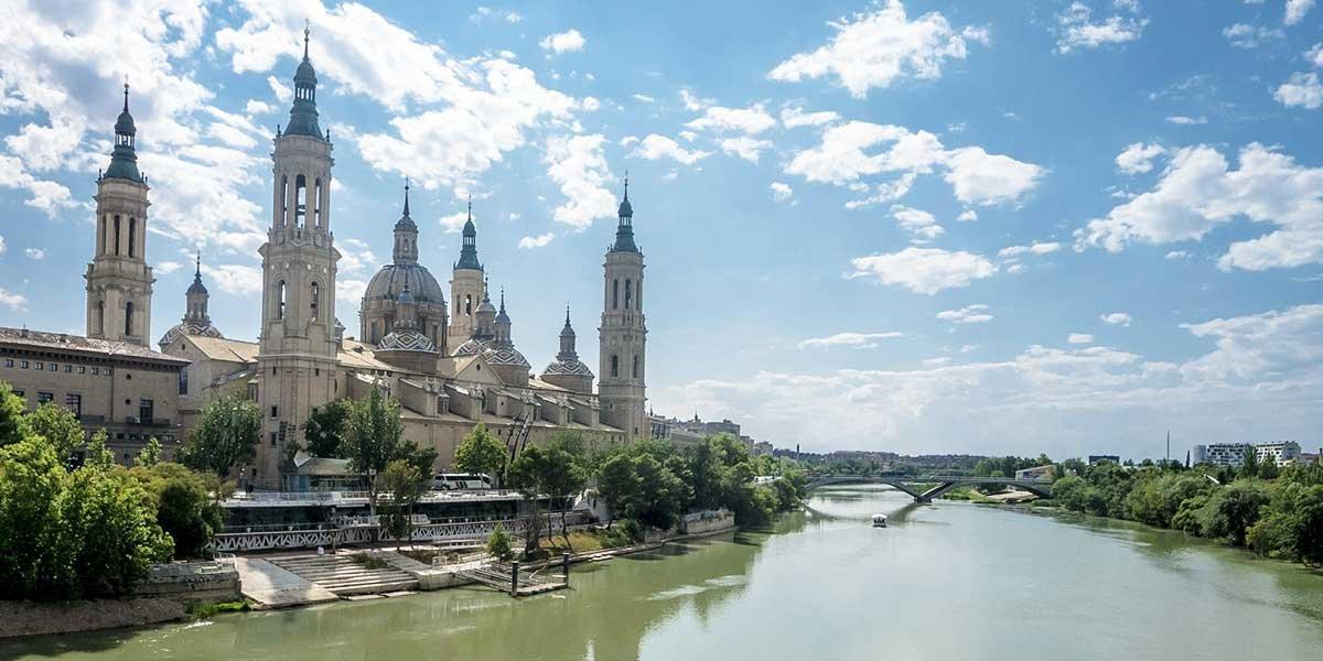 Saragossa, Spanien, Saragossa Sehenswürdigkeiten, Basilica del Pilar