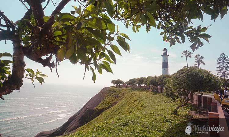 Faro la Marina, lighthouse in Miraflores