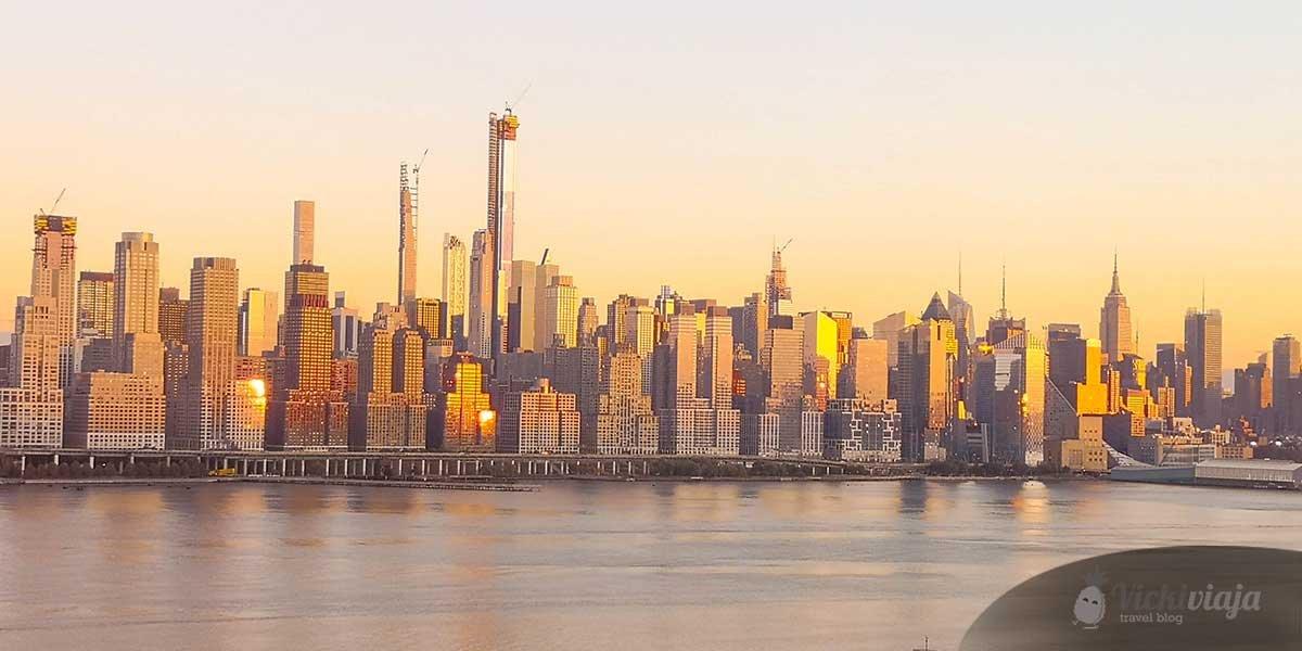New York on a budget, skyline