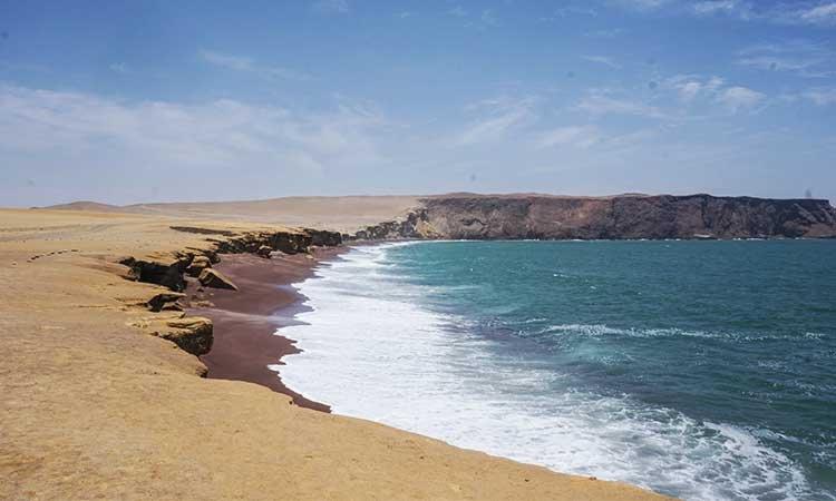 Playa Roja, Paracas, Peru Attractions