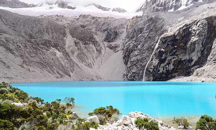 Laguna 69, turquoise lake in Huaraz, Peru