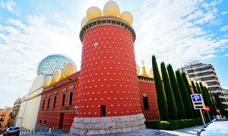 Figueres, Dali Museum, Katalonien